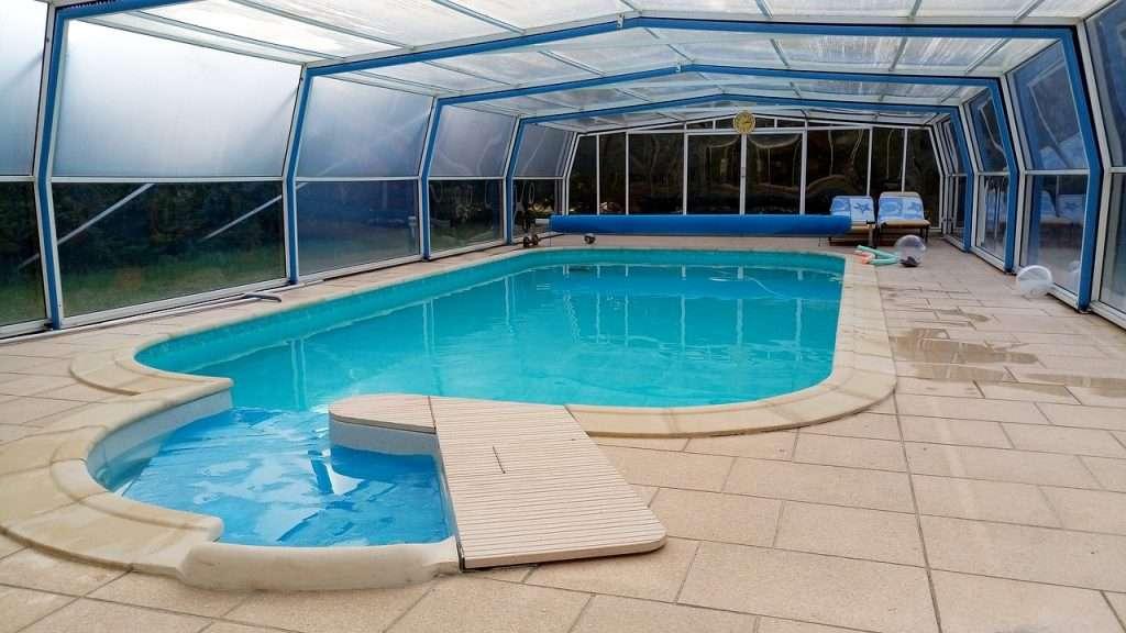 permis de construire de piscine sous-abris