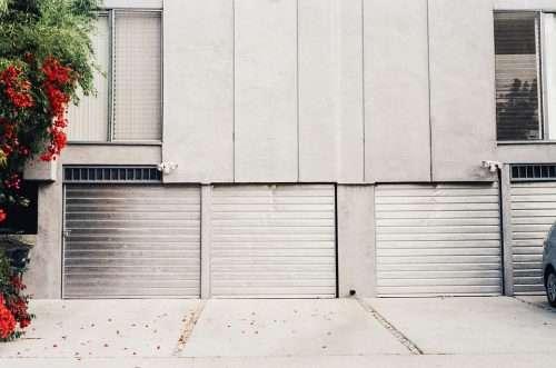 la réalisation d'un projet de construction de garage