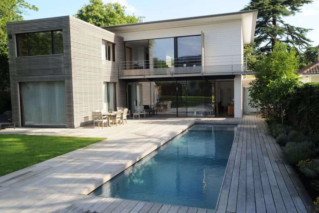 Construire une piscine en bois