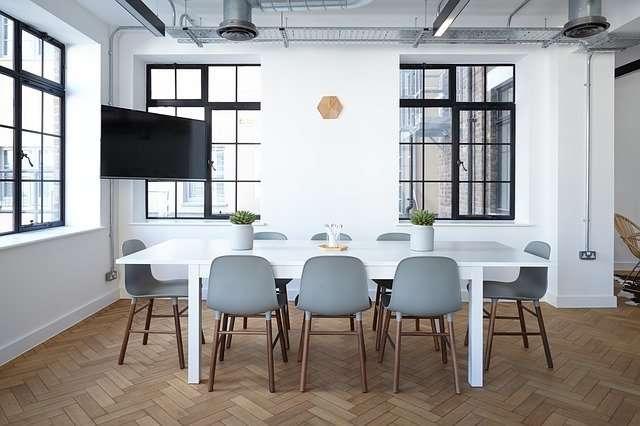 la couleur des murs d'un salon moderne