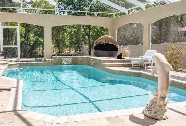des fonctionnalités sur la piscine