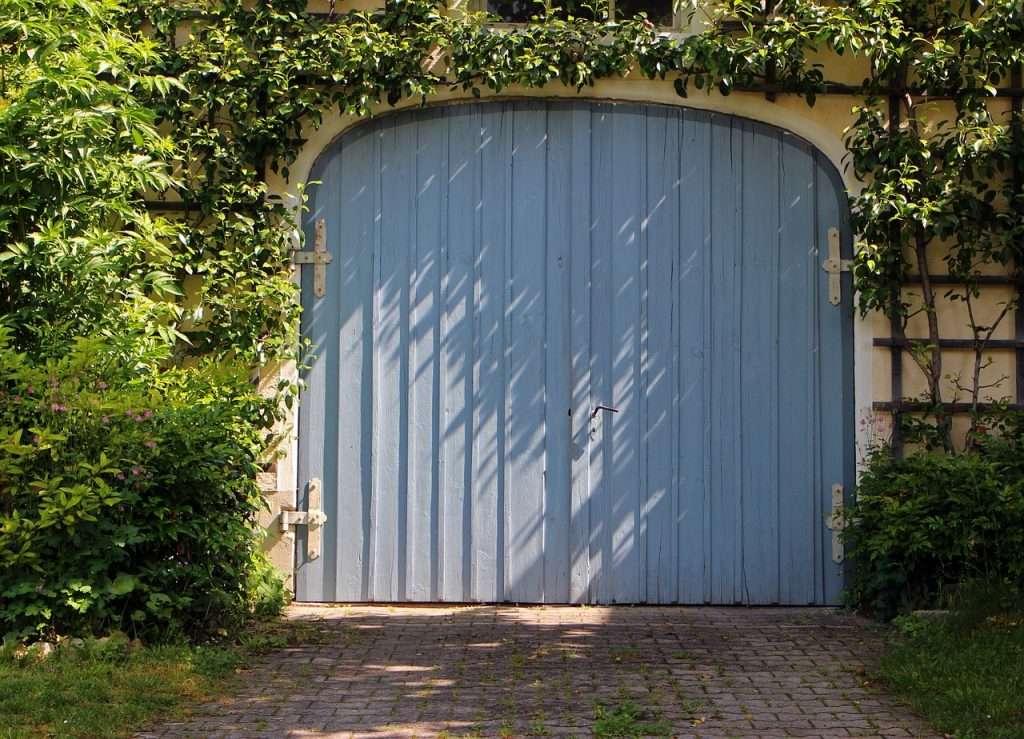 les avantages du garage en bois